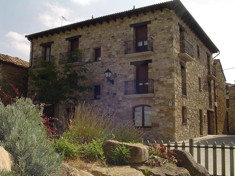 Jaca turismo rural lagar de palacio en santa cilia - Casa rural en pirineo catalan ...